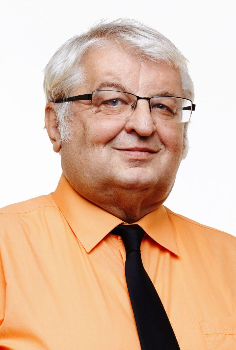 realitní makléř Németh Štefan, Dr.